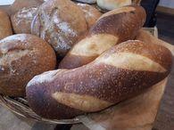 無農薬フレッシュぶどう酵母パン販売中